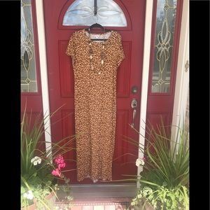 LULaRoe Maria Size Large Cheetah print